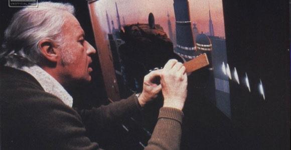 Ralph McQuarrie ilustrando para Star Wars